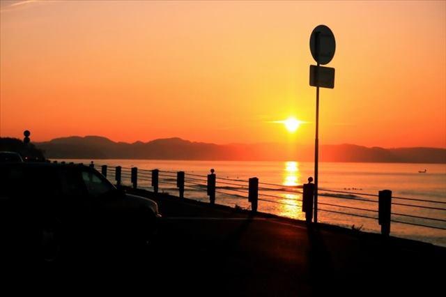 七里ヶ浜夕日