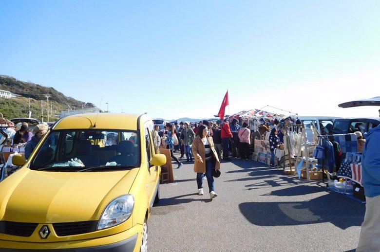 七里ヶ浜パーキングフリーマーケット画像