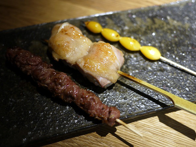 グリとニルの串焼きの画像