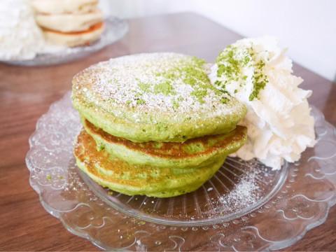 抹茶パンケーキの画像