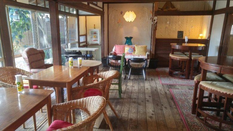 cafe坂の下の店内の画像