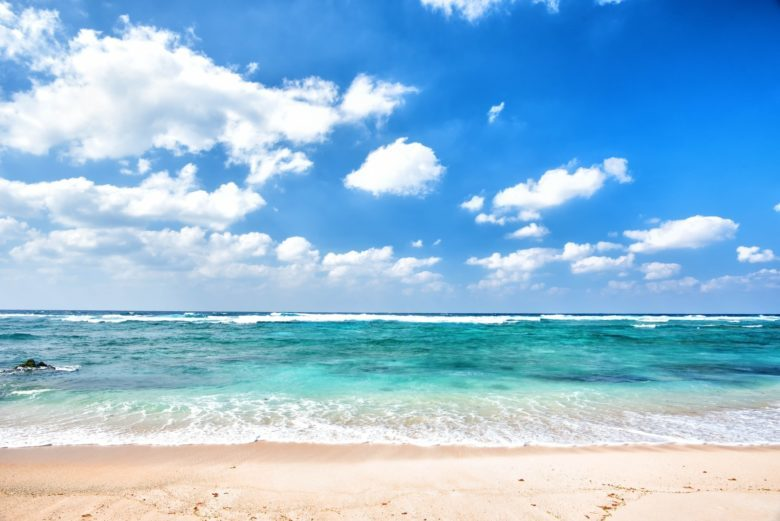 体型や歪みが気になったら!藤沢のビーチヨガで身も心もキレイになろう!