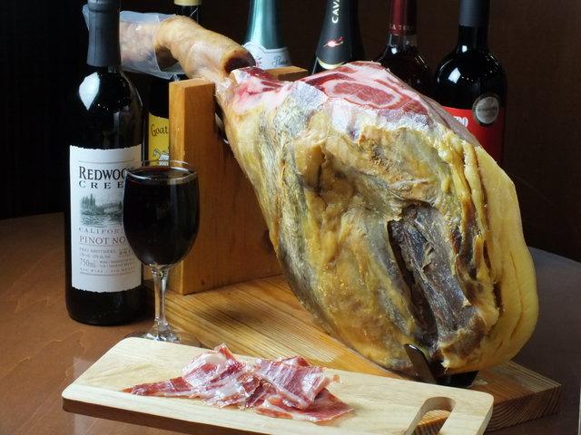 ワイン酒場201のワインと料理