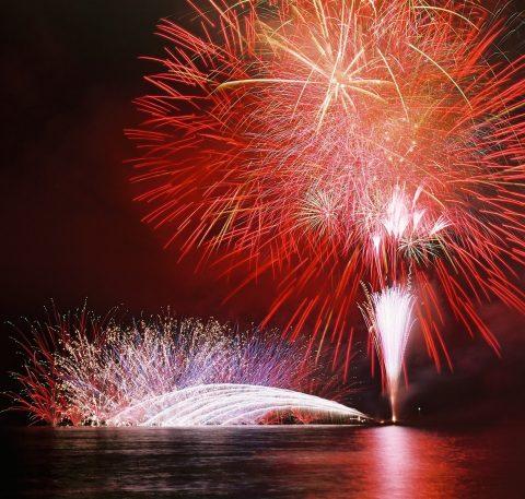 8月4日(土)開催の第44回サザンビーチちがさき花火大会。有料観覧席販売のご案内