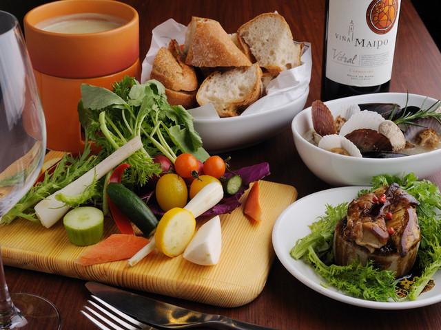 イザヴィーノのワインと料理