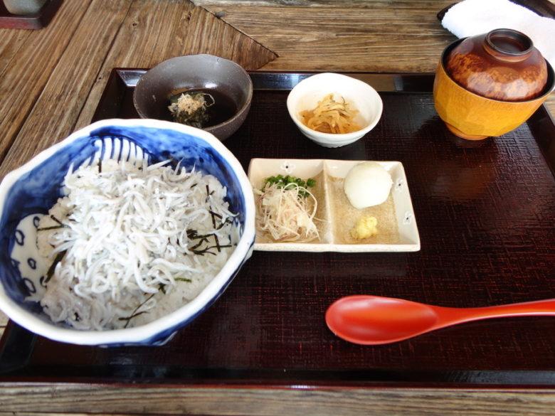 江ノ島小屋の料理