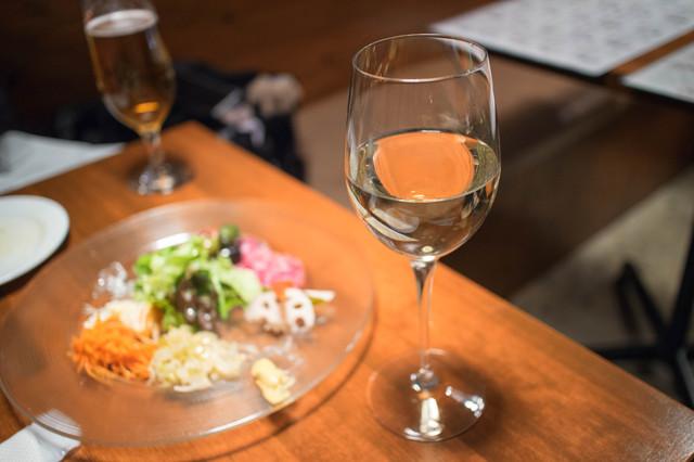 サジのワイン