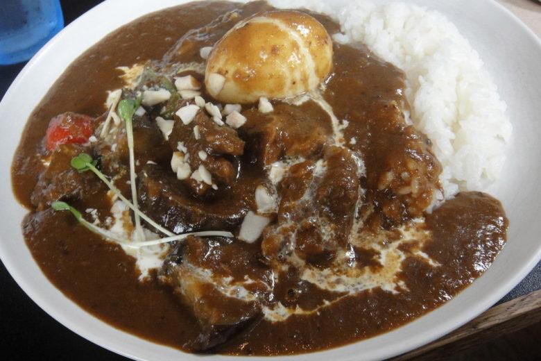 woof curryのカレーの写真,