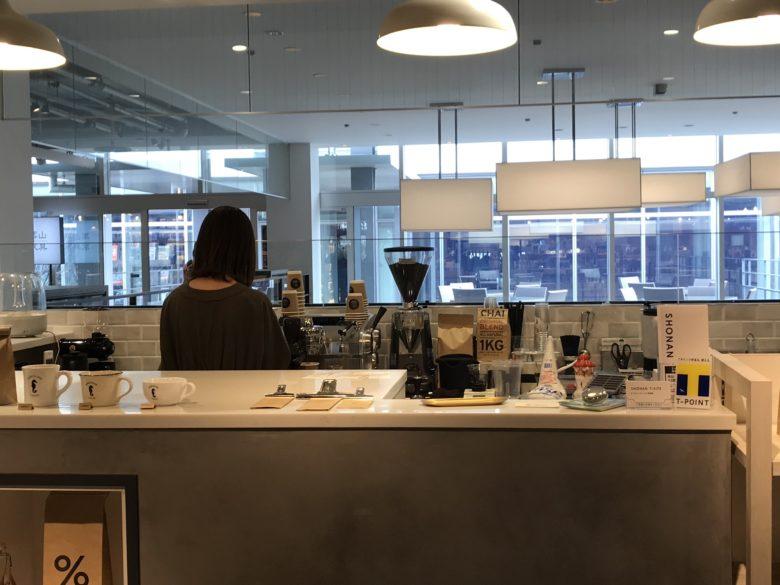 バンクーバーコーヒーオーダーカウンター