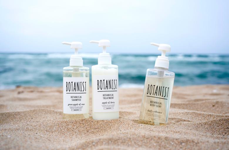 由比ガ浜、逗子海水浴場でBOTANISTのお試し用商品を提供中!