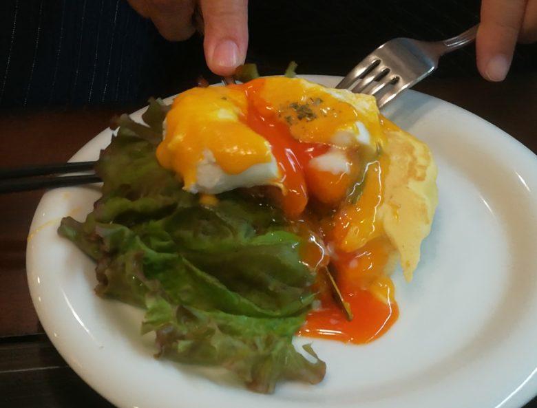 """平塚""""inside out cafe""""のふわふわもちもちパンケーキ"""