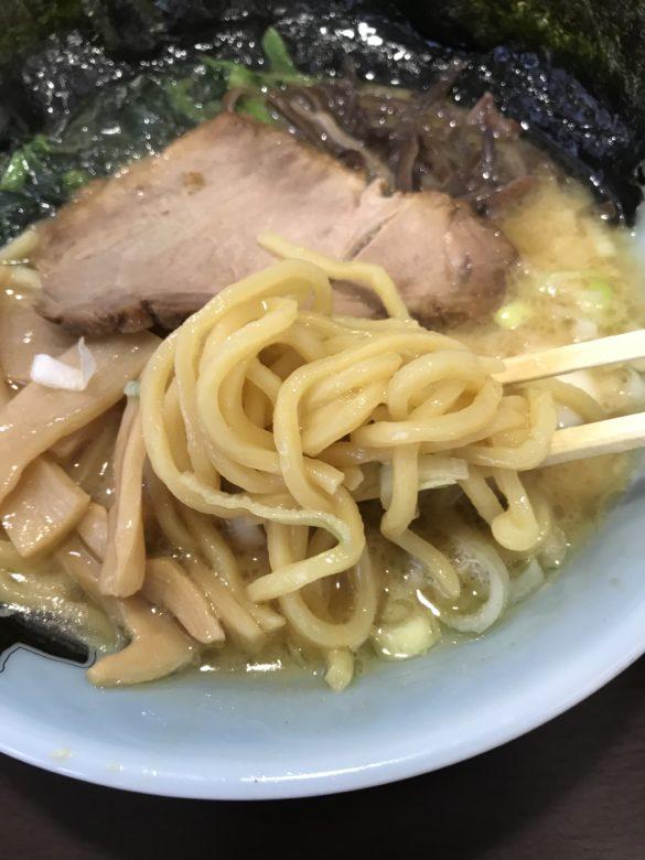 醤油豚骨・麺