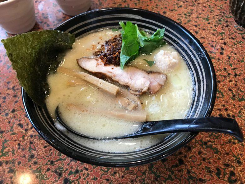 濃厚鶏出汁麺